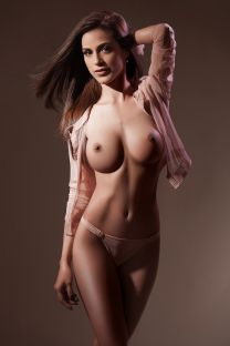 London Escort CHERRY