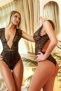 London Escort EVELINE