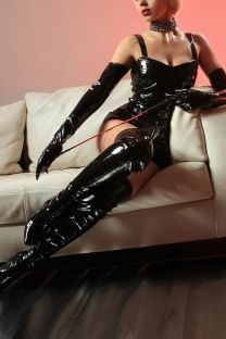London Escort MISTRESS MONICA