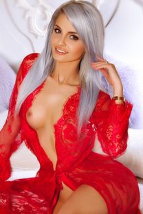 London Escort SIMONE